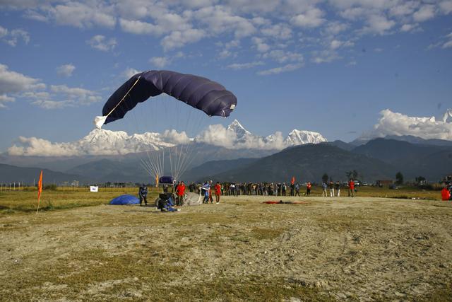 pokhara-skydive-10