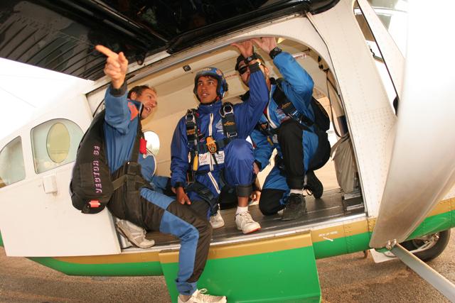 pokhara-skydive-30
