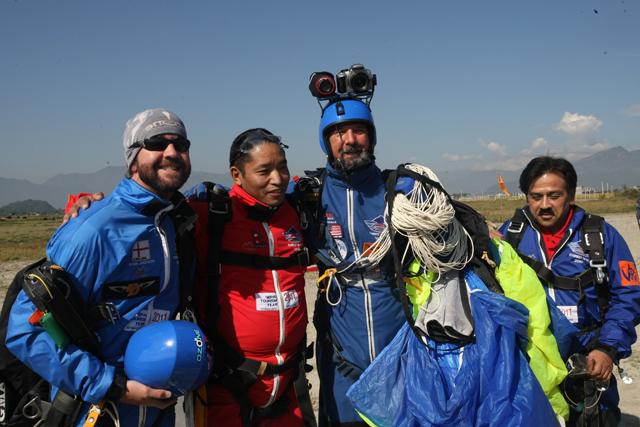 pokhara-skydive-4